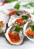 鱼子酱牡蛎 免版税库存图片
