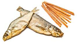 鱼小条和熏制的鱼特写镜头 库存照片