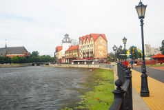 鱼村庄的看法,加里宁格勒,俄罗斯 葡萄酒街灯 免版税库存图片