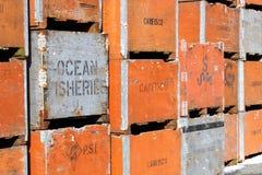 鱼条板箱和产业名字和商标 免版税库存图片