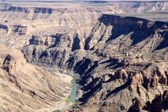 鱼河峡谷-在世界的第二大峡谷的引起轰动的看法-纳米比亚非洲 图库摄影