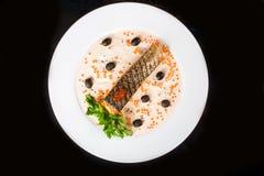 鱼油煎的橄榄 图库摄影