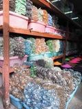 鱼缸的五颜六色的球 库存照片