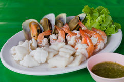 鱼食物荷兰芹牌照烤海运 库存照片