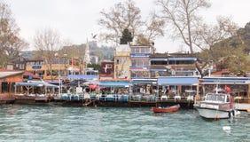 鱼餐馆在Rumelikavagi,伊斯坦布尔 库存照片