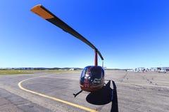 鲁宾逊R44直升机 库存图片