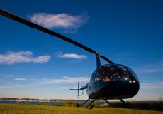 鲁宾逊R-44 免版税图库摄影