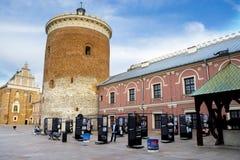 鲁布林,波兰- 2016年6月02日:中世纪皇家塑象庭院  库存照片