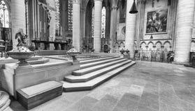 鲁昂,法国- 2014年6月15日:鲁昂大教堂(Notr内部  库存照片