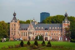 鲁汶,比利时- 2014年9月05日:新哥特式Arenberg城堡的看法在鲁汶 免版税图库摄影