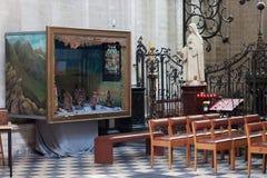 鲁汶,比利时- 2014年9月05日:鲁汶著名圣皮特圣徒・彼得` s教会的内部  免版税库存图片