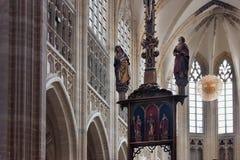 鲁汶,比利时- 2014年9月05日:鲁汶著名圣皮特圣徒・彼得` s教会的内部  库存照片