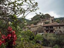 鲁皮蒂普鲁伊特加泰罗尼亚的村庄  免版税库存图片