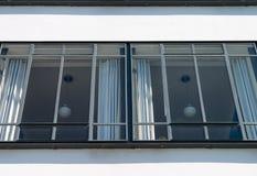 鲍豪斯建筑学派Dessau窗口 免版税库存图片