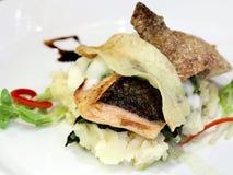 鲑鱼排蔬菜 库存图片