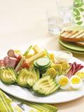 鲕梨、蛋和火腿卷开胃小菜 图库摄影