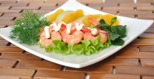 鲕梨和虾开胃菜用桔子 免版税库存图片