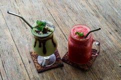 鲕梨和西瓜汁 免版税库存照片