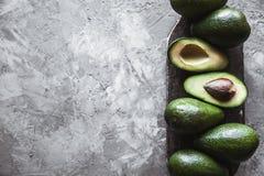 鲕梨 在表的食物 库存图片