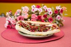 鲜美五颜六色的三明治用法国小圆面包 库存照片