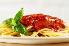 鲜美五颜六色的开胃煮熟的意粉意大利面团与 图库摄影