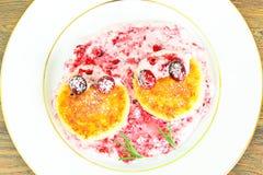鲜美和健康食物:可口乳酪蛋糕与 库存照片