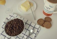 鲜美和充分的早餐 免版税图库摄影
