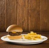 鲜美和开胃汉堡包乳酪汉堡 库存图片