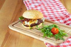 鲜美和开胃汉堡包 免版税库存图片