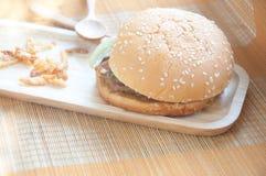 鲜美和开胃汉堡包 图库摄影