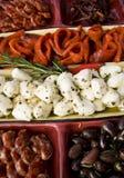 鲜美开胃小菜的盛肉盘 免版税图库摄影