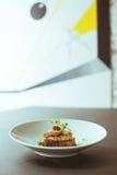 鲜美开胃菜在时髦的餐馆 库存图片