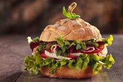 鲜美意大利三明治 免版税库存图片
