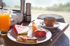 鲜美早餐的早晨 免版税库存图片