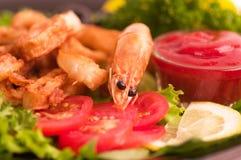 鲜美油煎的大虾食物 免版税库存图片