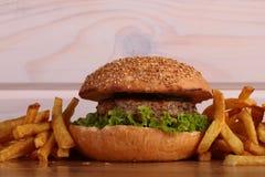 鲜美的汉堡 图库摄影