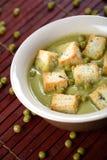 鲜美的浓豌豆汤 库存图片