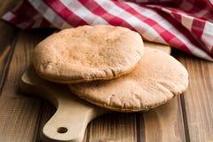 鲜美皮塔饼面包 免版税库存图片