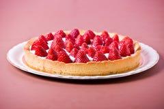 鲜美草莓饼 免版税库存图片