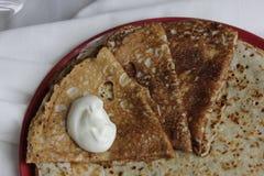 鲜美hamemade俄国薄煎饼是立即可食的特写镜头 图库摄影