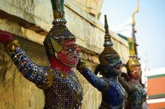 鲜绿色菩萨寺庙在曼谷,泰国 免版税库存图片