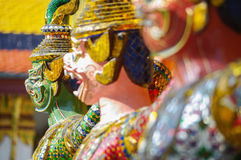 鲜绿色菩萨n曼谷,泰国寺庙  免版税图库摄影