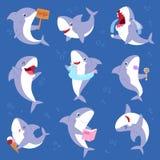 鲨鱼传染媒介微笑与锋利的牙齿例证套的动画片海水鱼渔场字符例证孩子设置了  皇族释放例证