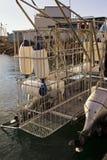鲨鱼笼子有笼子的潜水小船 免版税图库摄影