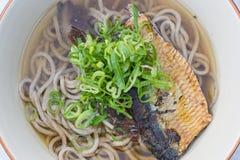 鲱鱼Soba或乌龙面 免版税图库摄影