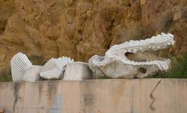 鳄鱼石头 库存图片