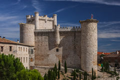 鸟入城堡,西班牙 库存图片