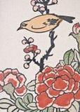 鸟国画寺庙墙壁 免版税库存图片