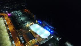 鸟瞰图中心城市费城&周边地区在晚上 股票视频
