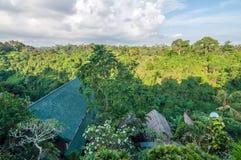 鸟瞰图传统和古色古香的巴厘语样式别墅设计 免版税库存照片
